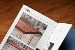 design tisch massivholz in broschüre